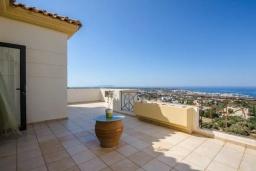 Терраса. Греция, Херсонисос : Роскошная вилла с видом на море, 4 спальни, 2 ванные комнаты, парковка, Wi-Fi