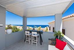 Балкон. Греция, Панормо : Апартамент с гостиной, отдельной спальней и балконом с видом на море