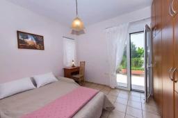 Спальня 2. Греция, Ретимно : Апартамент с гостиной, двумя спальнями и большим балконом