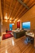 Гостиная. Греция, Каливес : Роскошная современная вилла с панорамным видом на море, с 4 спальнями, с большим бассейном, зелёной лужайкой и барбекю