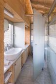 Ванная комната 2. Греция,  Ханья : Современная вилла с бассейном, джакузи и видом на море, 3 спальни, 3 ванные комнаты, барбекю, парковка, Wi-Fi